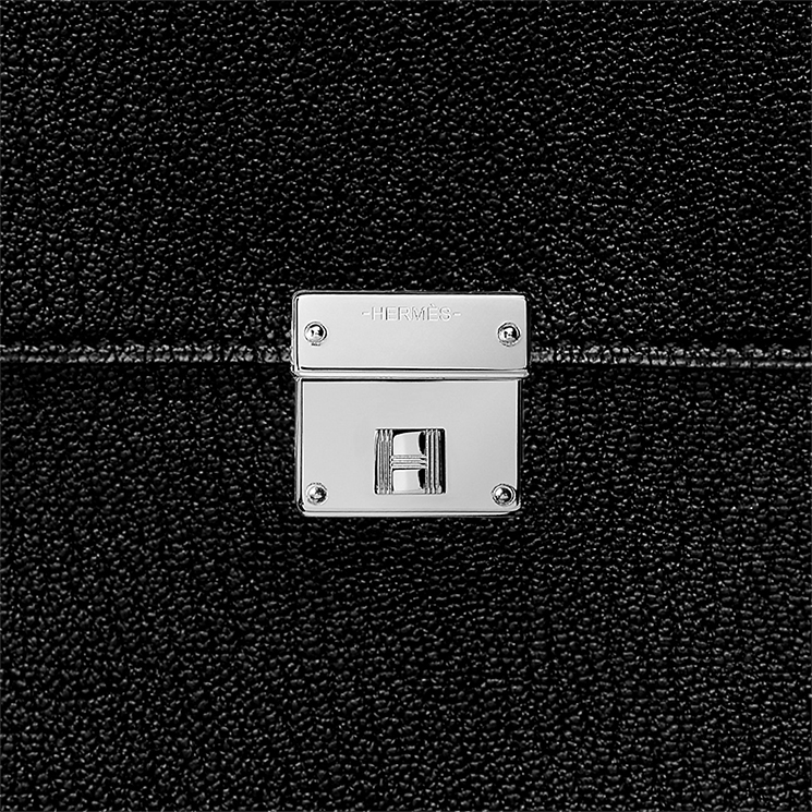 Hermes-Clic-Clutch-With-Strap-3